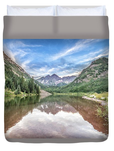 Maroon Bells Near Aspen, Colorado Duvet Cover