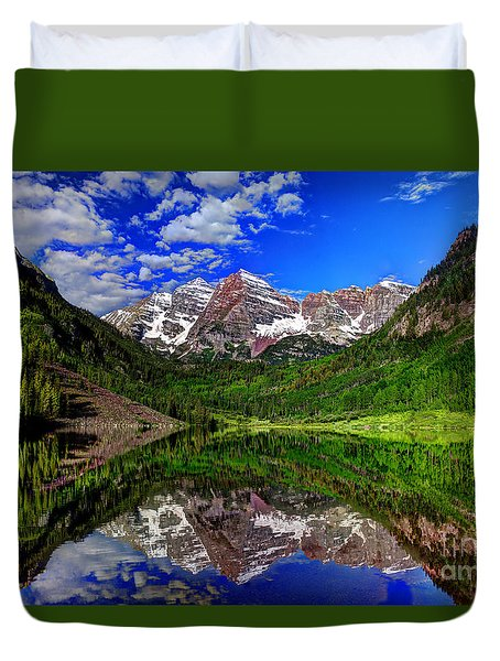 Maroon Bells Reflections Duvet Cover by Jean Hutchison