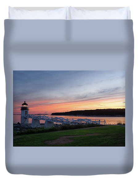 Duvet Cover featuring the photograph Marshall Point Lighthouse, Port Clyde, Maine -87444 by John Bald