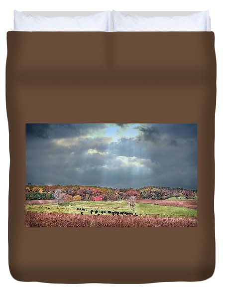 Maryland Farm With Autumn Colors And Approaching Storm Duvet Cover
