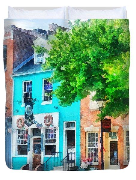 Maryland - Neighborhood Pub Fells Point Md Duvet Cover by Susan Savad