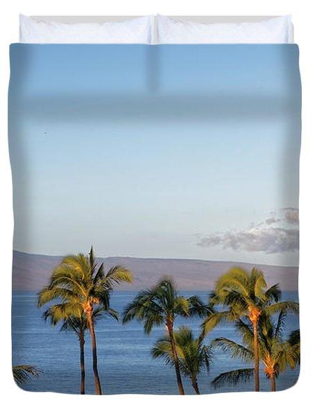 Duvet Cover featuring the photograph Maui Palms by Lars Lentz