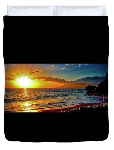 Maui Wedding Beach Sunset  Duvet Cover