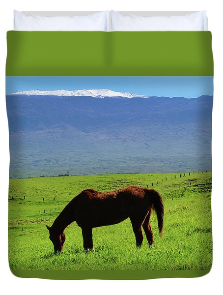 Duvet Cover featuring the photograph Mauna Kea Countryside by Pamela Walton