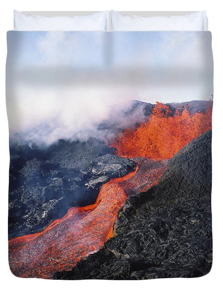 Mauna Loa Eruption Duvet Cover by Joe Carini - Printscapes