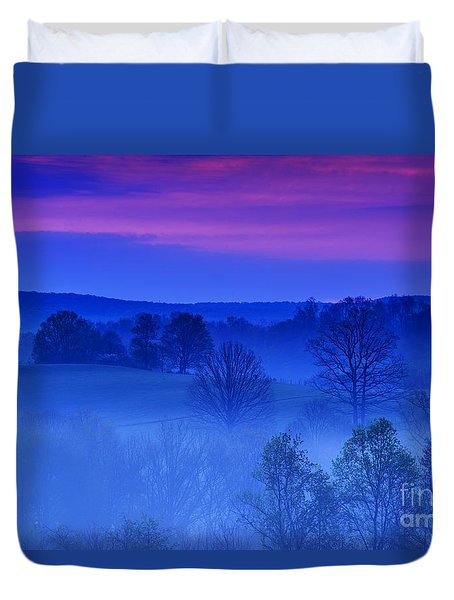 Mauve At Morning Duvet Cover by Thomas R Fletcher