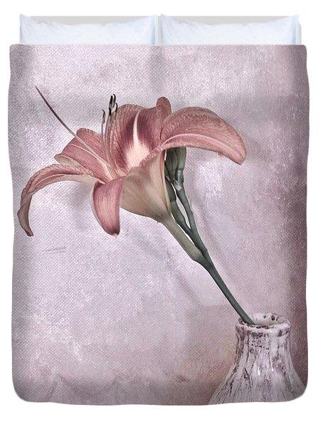 Mauve Lily Duvet Cover