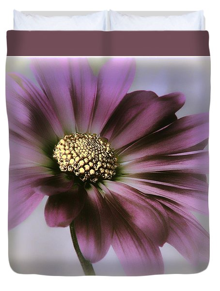 Duvet Cover featuring the photograph Memories Of Spring by Darlene Kwiatkowski