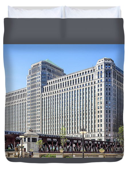 Merchandise Mart Overlooking The L Duvet Cover
