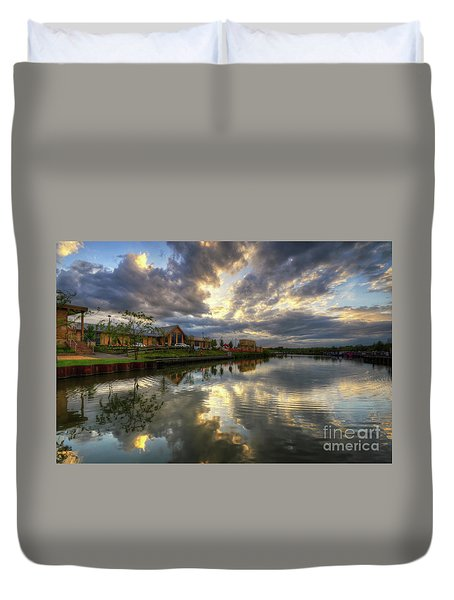 Mercia Marina 20.0 Duvet Cover by Yhun Suarez
