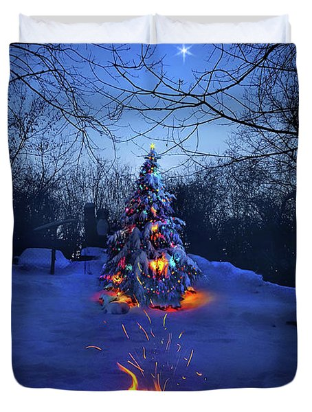 Duvet Cover featuring the photograph Merry Christmas by Phil Koch