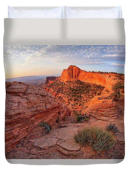 Mesa Arch Overlook At Dawn Duvet Cover