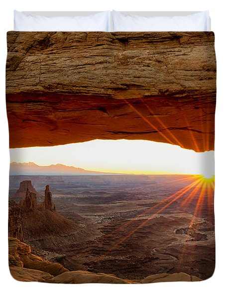 Mesa Arch Sunrise - Canyonlands National Park - Moab Utah Duvet Cover