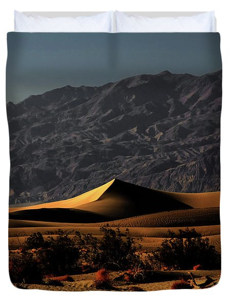 Mesquite Flat Sand Dunes Death Valley - Spectacularly Abstract Duvet Cover by Christine Till