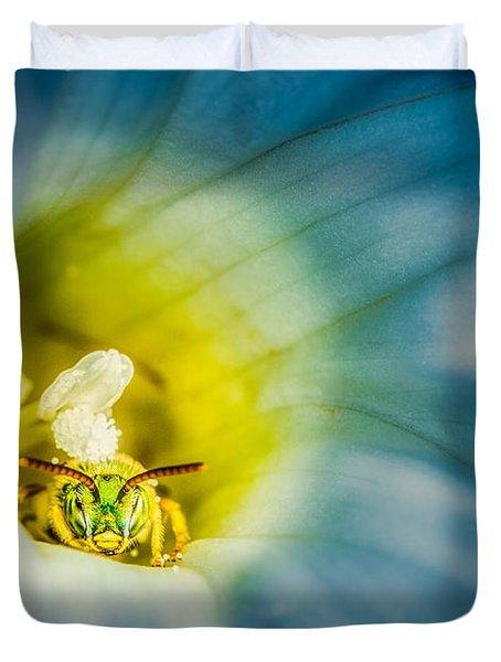 Metallic Green Bee In Blue Morning Glory Duvet Cover