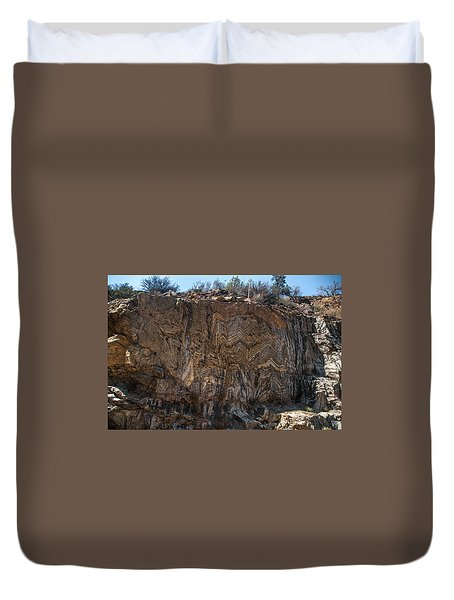 Metamorphic Geologic Wall In Kings Canyon Giant Sequoia National Monument Sequoia National Forest Duvet Cover