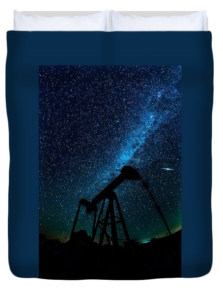 Meteor Above Grasshopper Duvet Cover
