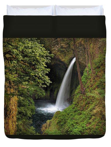 Metlako Falls In Spring Duvet Cover by David Gn