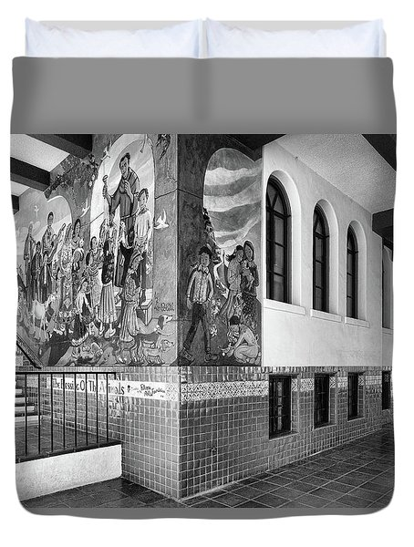 Duvet Cover featuring the photograph Mexican Cultural Institute Los Angeles - Instituto Cultural Mexicano De Los Angeles -black And White by Ram Vasudev