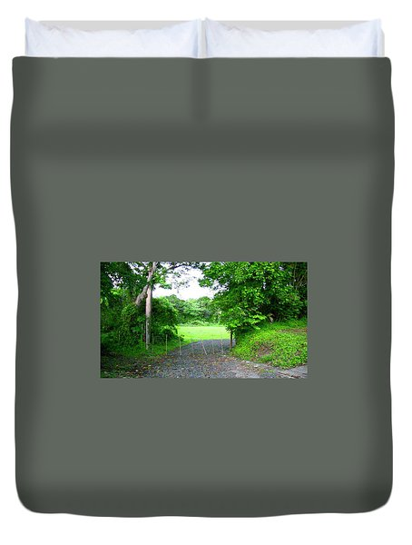 Mi Valle En El Yunque Duvet Cover