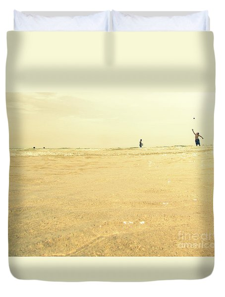 Duvet Cover featuring the photograph Miami Beach 2 by France Laliberte