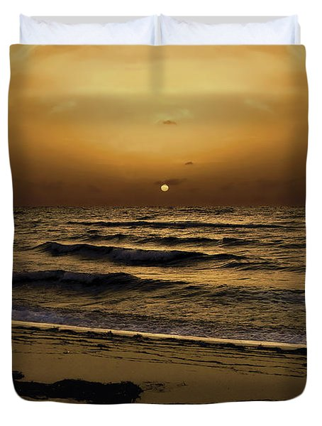 Duvet Cover featuring the photograph Miami Sunrise by Gary Dean Mercer Clark
