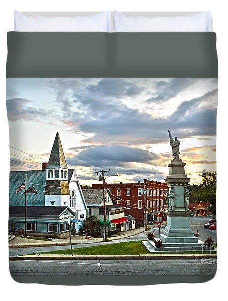 Middlebury Vermont At Sunset Duvet Cover by Catherine Sherman