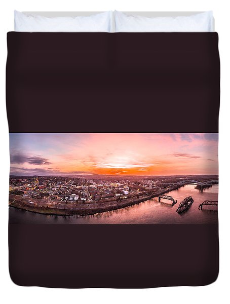 Middletown Connecticut Sunset Duvet Cover