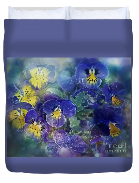 Midsummer Night's Dream Duvet Cover by Agnieszka Mlicka