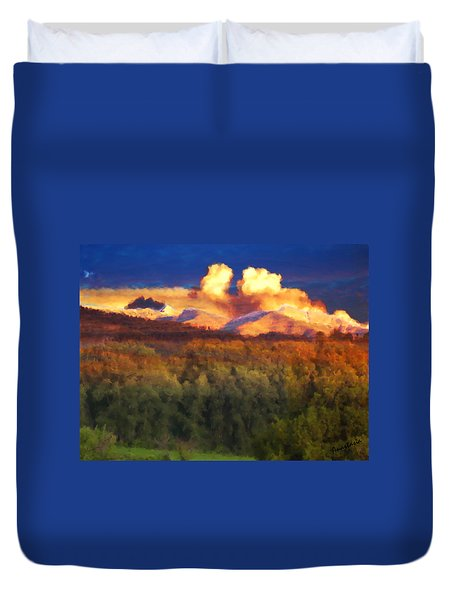 Milagro Cloud Theater Over Truchas Peaks Nm Duvet Cover