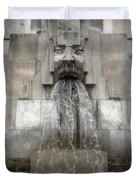 Milan Train Station Fountain Duvet Cover