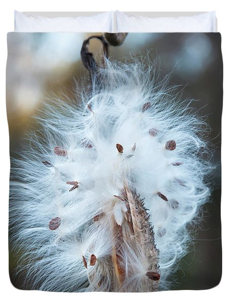 Duvet Cover featuring the digital art Milkweed And Its Seeds by Chris Flees