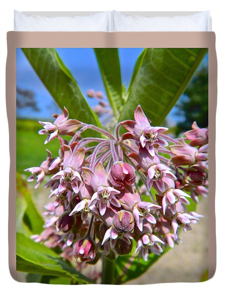 Milkweed Beauty Duvet Cover