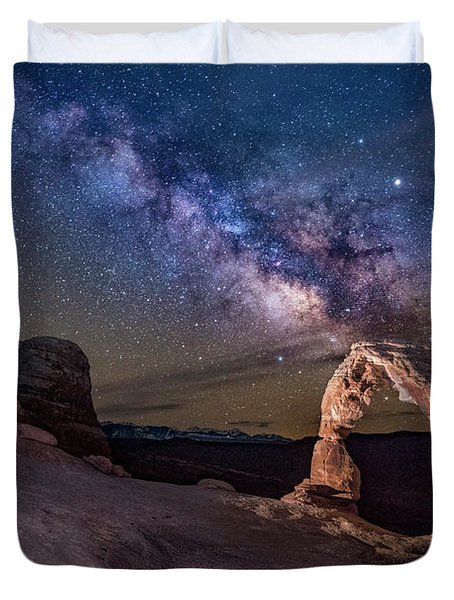 Milky Way And Delicate Arch Duvet Cover