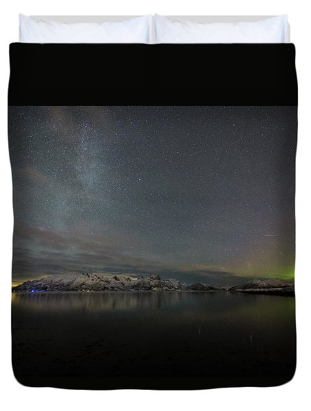 Milky Way And Northern Lights Duvet Cover