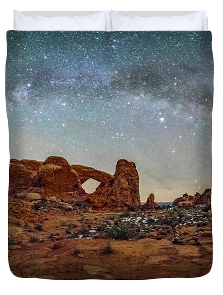 Milky Way At Arches Park Duvet Cover