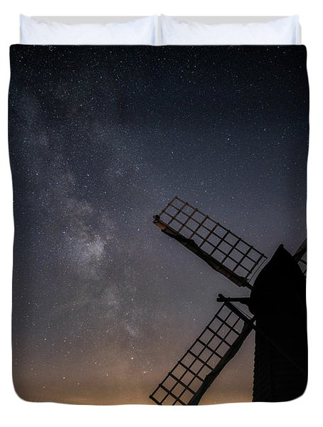 Duvet Cover featuring the photograph Milky Way At Wicken by James Billings