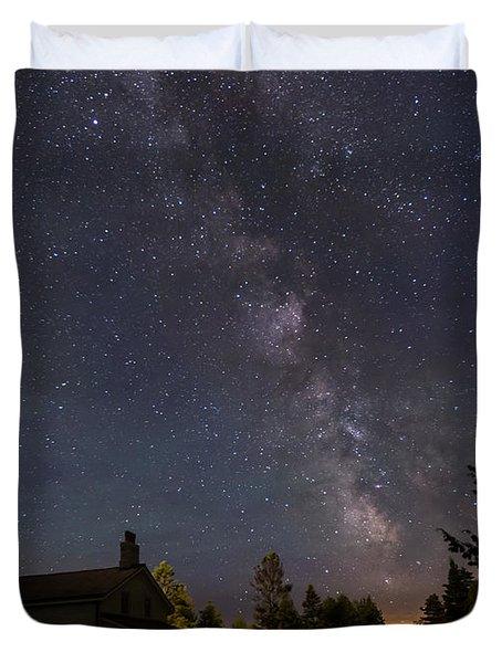 Milky Way Over Cana Island Lighthouse Duvet Cover