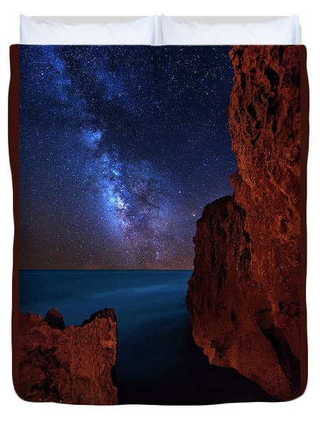 Milky Way Over Huchinson Island Beach Florida Duvet Cover by Justin Kelefas