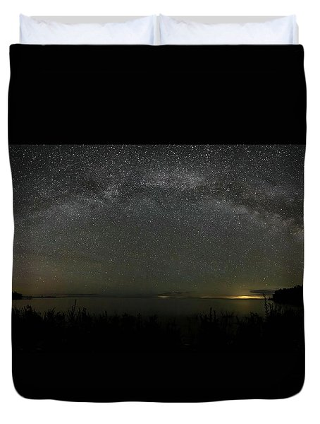 Milky Way Over Lake Michigan At Cana Island Lighthouse Duvet Cover