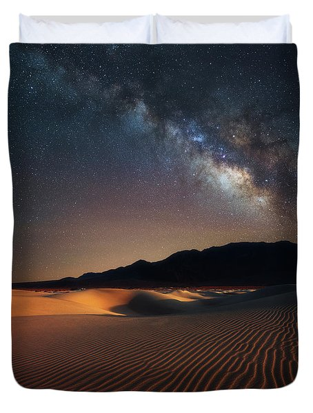 Milky Way Over Mesquite Dunes Duvet Cover
