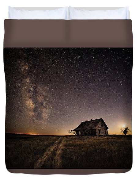 Milky Way Over Prairie House Duvet Cover
