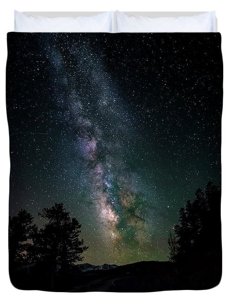 Duvet Cover featuring the photograph Milky Way Over Rocky Mountains by Gary Lengyel