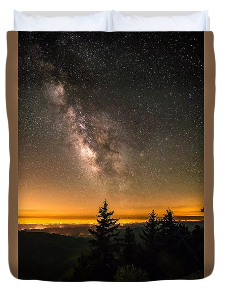 Milky Way Over The Blue Ridge Mountains Duvet Cover by Serge Skiba