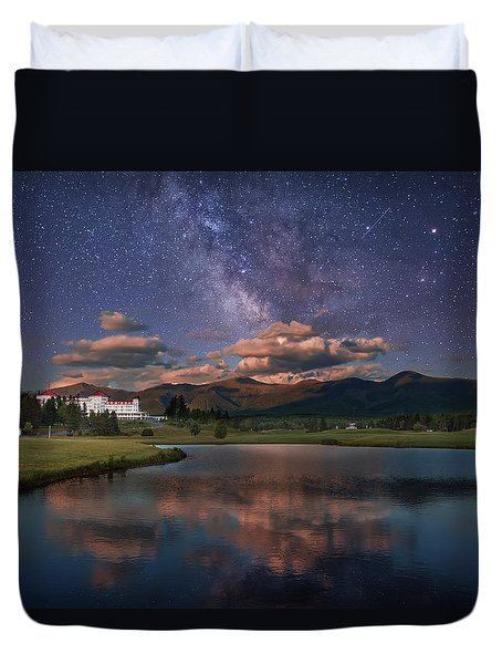 Milky Way Over The Omni Mount Washington Duvet Cover