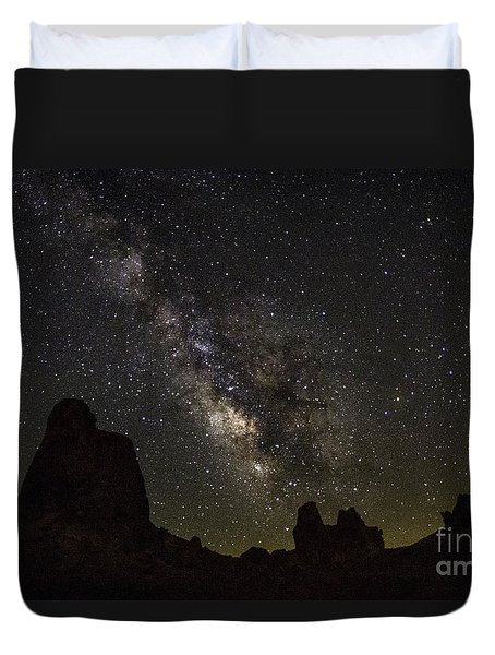 Milky Way Over Trona Pinnacles Duvet Cover