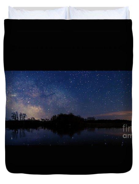Milky Way Rising Duvet Cover