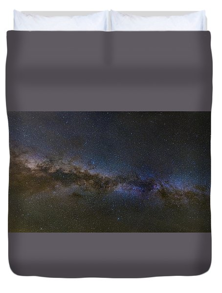 Duvet Cover featuring the photograph Milky Way South by Charles Warren