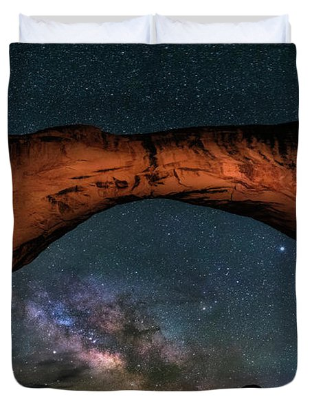 Milky Way Under The Arch Duvet Cover