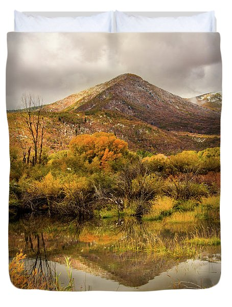 Mill Canyon Peak Reflections Duvet Cover